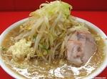 ラーメン ヤサイニンニクカラメ麺カタ